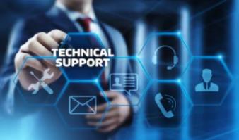 Hombre señalando la opción de soporte técnico